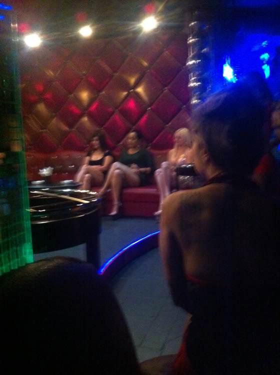 澳门夜生活攻略:花心公子俱乐部和18桑拿哪个更好玩